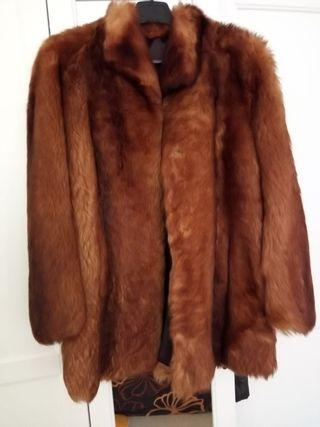 Abrigo piel de foquina