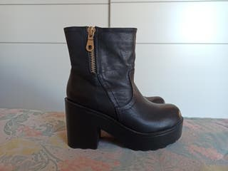 Botines negros de Pretty Shoes