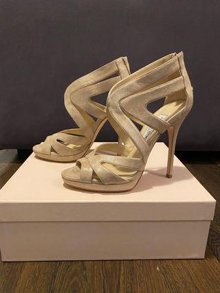Zapatos nuevos de Jimmy Choo