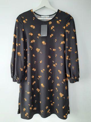 Vestido negro con estampado flores MANGO - NUEVO
