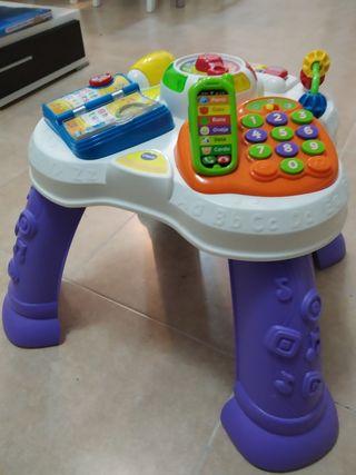 Mesa actividades bebé