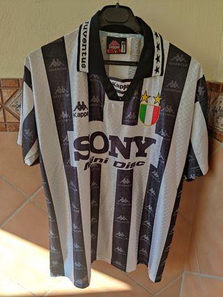 Camiseta fútbol Juventus de Italia años 90