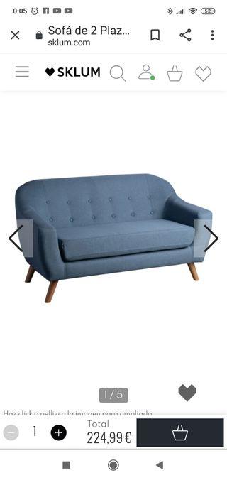 Sofa dos plazas. Color azul. Nuevo. Sin estrenar