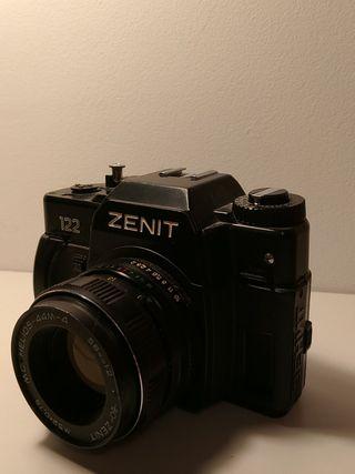 Cámara analógica Zenit 122