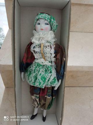 Muñeca antigua de porcelana,Ramón inglés