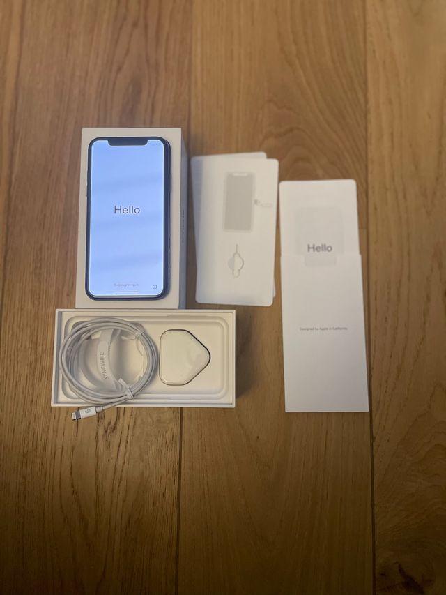 Iphone X 64gb Space Grey + 2 screen protectors