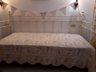 cama sofa forja blanca
