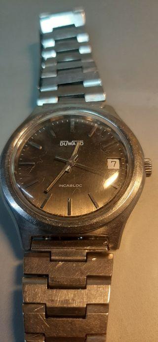 Reloj DUWARD mecánico