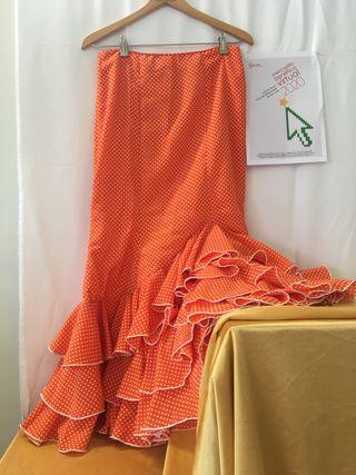 CM2020. Falda rociera