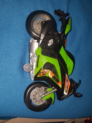 moto juguete Kawasaki ninja