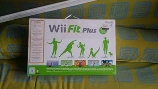Wiifit plus (solo tabla. juego NO)