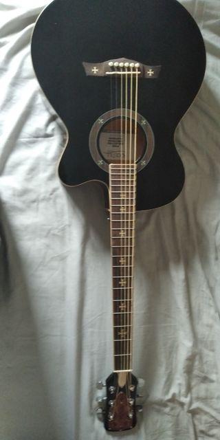 Cambio Guitarra Electroacústica Rocktile Empire