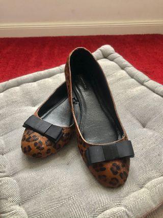¡Wow! Bailarinas de leopardo Cortefiel