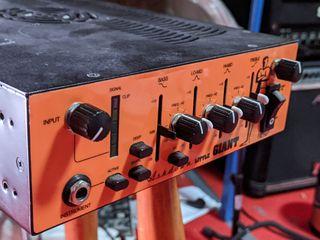 amplificador Ashdown little giant 1000 + pantalla