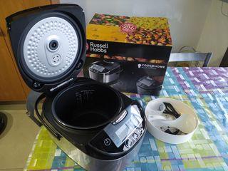 Olla electrica. Robot de cocina.