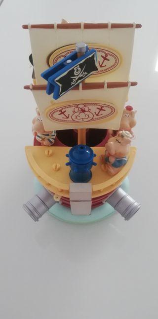Juego de escritorio barco pirata