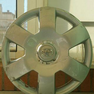 1 tapacubos Toyota Aygo