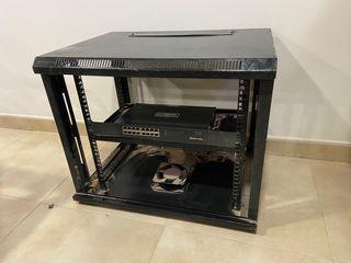 Armario rack para sistema informático