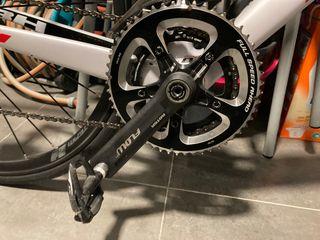 Platos fsa bielas rotor inpower y pedales durace
