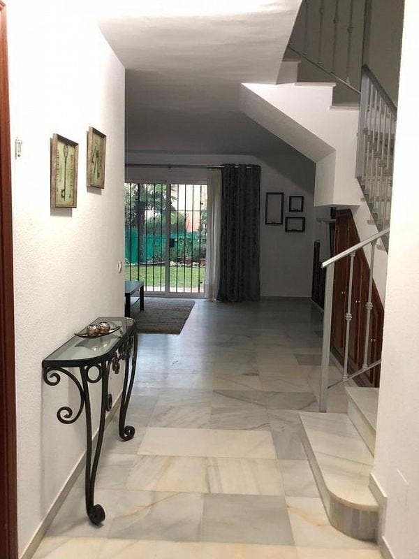 Casa adosada en alquiler en Estepona (Gualdalmansa, Málaga)