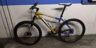 Bicicleta Montaña semirrígida Aluminio Kasttle MTB