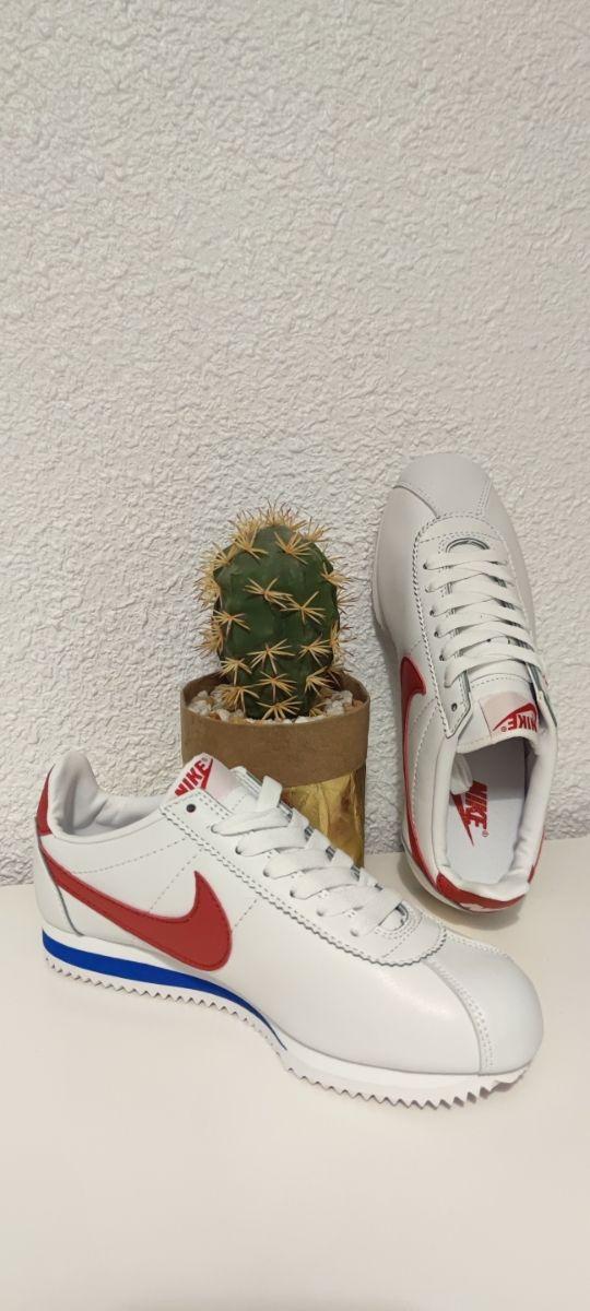 para agregar mayor sátira  Nike Cortez tallas 37 38 y 39 de segunda mano por 45 € en Sutullena en  WALLAPOP