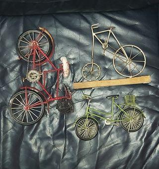 bicicleta en miniatura antigua bicy realista