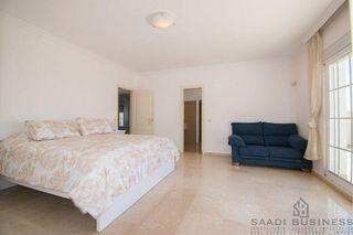 Villa en alquiler en Elviria en Marbella