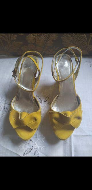 Zapatos/ sandalias Fluxa