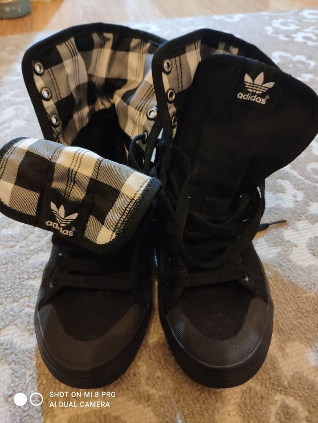 Adidas women trainers size 5