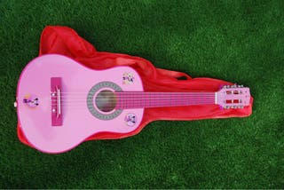 Guitarra pequeña