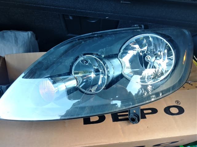 Headlights Left and Right for VW Golf Plus