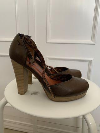 Zapatos de tacón mustang