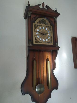 reloj pared pendulo