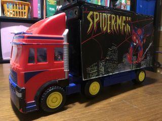 Camión Spiderman transformable en ciudad