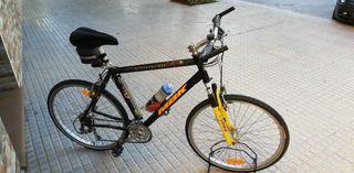 Bicicleta MBK muy bien cuidada