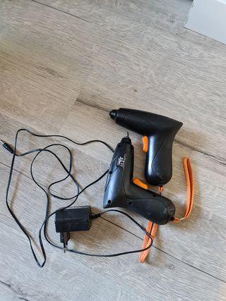 atornillador ikea, vendo 2 juntos con cargador