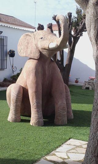 Escultura elefante.
