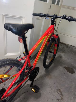 Medium mountain bike