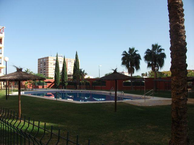 ALQUILER DE PISO (La Duquesa, Málaga)