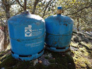 Dos Bombonas de camping gas