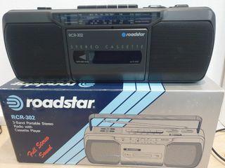 radio cassette Roadstar nueva en caja