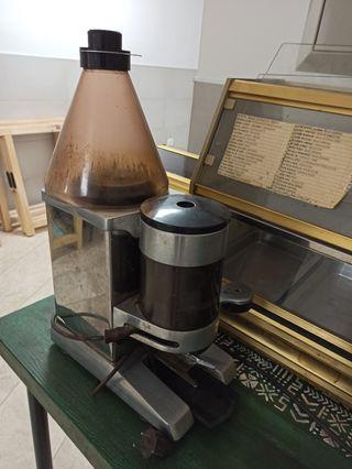 Molino de cafe industrial