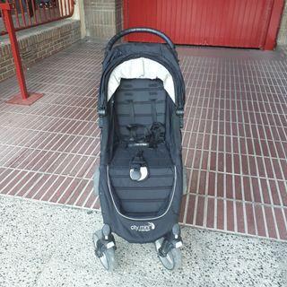 Silla de paseo Baby Jogger City Mini 2