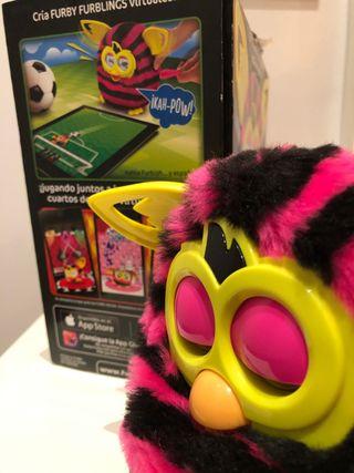 Juguete interactivo Furby boom