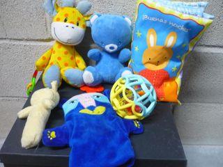 Lote juguetes bebé - Peluches, sonajeros, libro