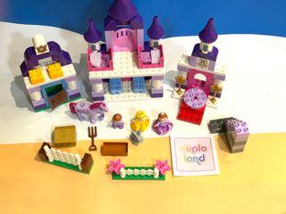LEGO DUPLO DISNEY CASTILLO Y CUADRA PRINCESA SOFIA