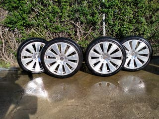 """LLantas aluminio 18 """"con neumáticos nuevos"""