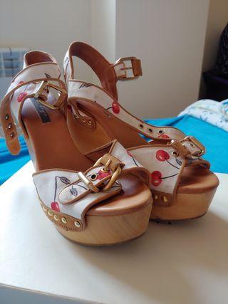 Sandalias pin-up Zara