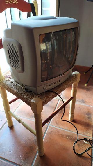 Tv 15pulgadas sin TDT.